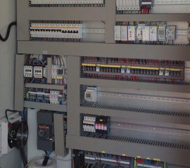 quadros de instalações eléctricas, instalações eléctricas, instalações de redes eléctricas